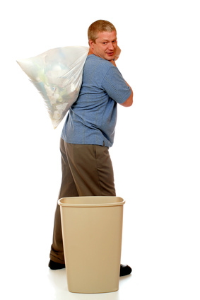 How to clean garbage cans to prevent stinking